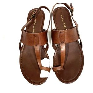 Cute leather sandal with toe ring. Barely worn.